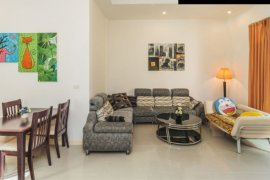 2 Bedroom Villa for sale in Rawai, Phuket