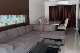 4 Bedroom Townhouse for rent in Mueang Chiang Mai, Chiang Mai