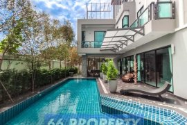 6 Bedroom House for sale in San Phranet, Chiang Mai