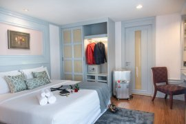 2 Bedroom Serviced Apartment for rent in Antique Palace, Khlong Tan Nuea, Bangkok