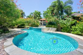 3 Bedroom Villa for sale in Plai Laem, Surat Thani