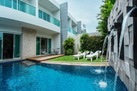 3 Bedroom Villa for sale in Rawai, Phuket