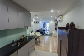 1 bedroom condo for sale or rent in 15 Sukhumvit Residences near BTS Nana