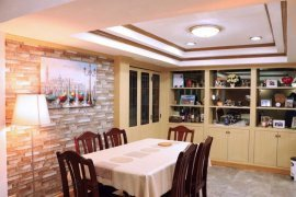 4 Bedroom Townhouse for rent in Khlong Toei Nuea, Bangkok