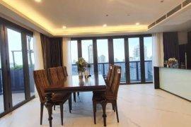 3 Bedroom Condo for rent in Watthana, Bangkok