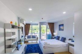 1 Bedroom Condo for sale in Ozone Condotel Kata Beach, Karon, Phuket