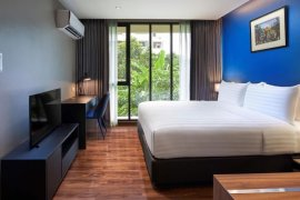 1 Bedroom Serviced Apartment for rent in Huai Khwang, Bangkok near MRT Pradit Manutham