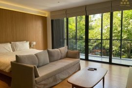 1 Bedroom Serviced Apartment for rent in Khlong Toei Nuea, Bangkok