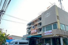 4 Bedroom Commercial for Sale or Rent in Saphan Sung, Bangkok