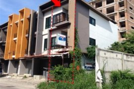 Commercial for sale in Nong Mai Daeng, Chonburi