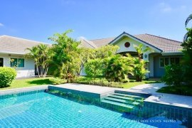 4 Bedroom Villa for sale in Buak Khang, Chiang Mai