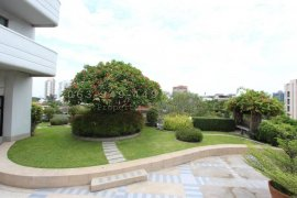 3 Bedroom Condo for sale in Regent on the Park 2, Phra Khanong, Bangkok near BTS Ekkamai