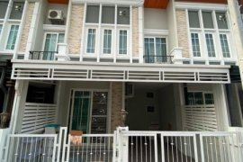 3 Bedroom Townhouse for rent in Golden Town Wongsawang-Khae Rai, Suan Yai, Nonthaburi