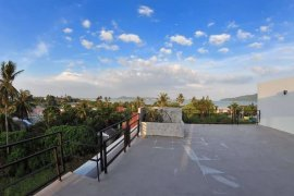 3 Bedroom Townhouse for rent in Rawai, Phuket