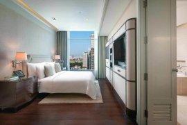 Condo for rent in Oriental Residence, Lumpini, Bangkok