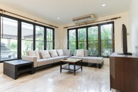 3 Bedroom House for rent in Chong Nonsi, Bangkok