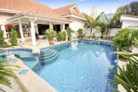 3 Bedroom Villa for sale in Cha am, Phetchaburi