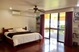 4 Bedroom Townhouse for Sale or Rent in Khlong Tan Nuea, Bangkok