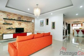 2 Bedroom Townhouse for rent in East Pattaya, Chonburi