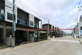 3 Bedroom Townhouse for rent in MALADA MAZ, San Phak Wan, Chiang Mai