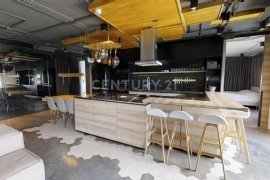 3 Bedroom Condo for sale in The Clover Thonglor, Phra Khanong, Bangkok