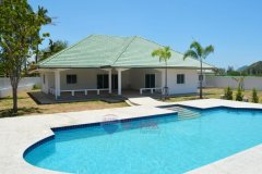2 bedroom villa for sale in Sam Roi Yot, Prachuap Khiri Khan