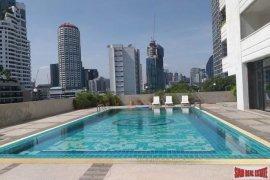3 Bedroom Condo for sale in Phra Khanong, Bangkok near BTS Thong Lo