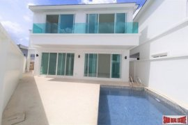 3 Bedroom House for sale in Ko Kaeo, Phuket