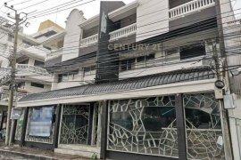 4 Bedroom Townhouse for rent in Lumpini, Bangkok