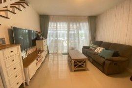 3 Bedroom Townhouse for sale in Town Avenue Rama 9, Hua Mak, Bangkok