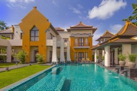 6 bedroom house for sale in East Pattaya, Pattaya