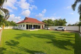 3 Bedroom House for sale in Ban Amphur, Chonburi