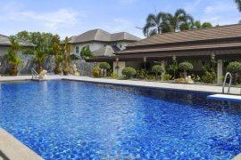 6 Bedroom House for sale in East Pattaya, Chonburi