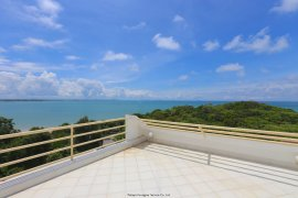 3 Bedroom Condo for sale in Rayong