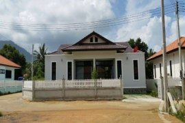 4 Bedroom Townhouse for Sale or Rent in Mae Nam, Surat Thani
