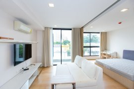 1 Bedroom Condo for Sale or Rent in LIV@49, Khlong Tan Nuea, Bangkok