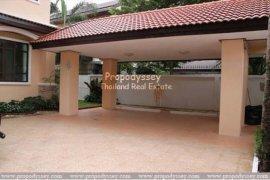 3 Bedroom House for rent in Khlong Tan Nuea, Bangkok