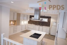 3 bedroom townhouse for sale in Dokmai, Prawet
