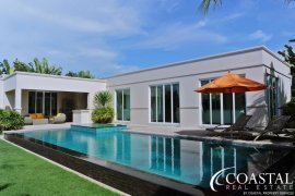 3 Bedroom House for sale in Pattaya, Chonburi