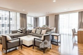 3 Bedroom Apartment for rent in Khlong Tan, Bangkok near BTS Phrom Phong