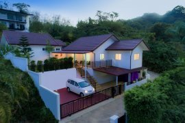 2 Bedroom Villa for sale in Chalong, Phuket