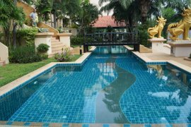 2 bedroom condo for sale in Executive Residence 2