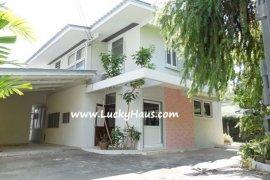 2 Bedroom House for rent in Khlong Toei, Bangkok