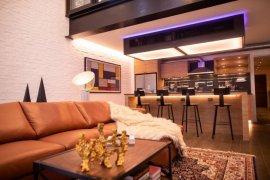 6 Bedroom Condo for sale in Phra Khanong, Bangkok near BTS Ekkamai