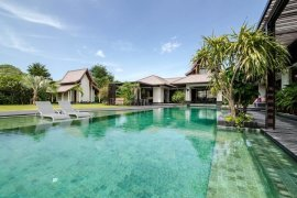 6 Bedroom Villa for sale in Hin Lek Fai, Prachuap Khiri Khan