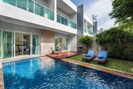 3 Bedroom Townhouse for rent in Chalong, Phuket