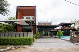 5 Bedroom House for rent in San Phi Suea, Chiang Mai