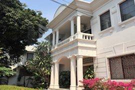 4 Bedroom House for rent in Phra Khanong, Bangkok near BTS Thong Lo
