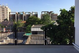 4 Bedroom Townhouse for Sale or Rent in Khlong Toei, Bangkok
