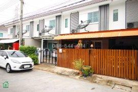3 Bedroom Townhouse for sale in Baan Pruksa 84 Phetkasem 63 - Outer Ring Road., Bang Khae, Bangkok